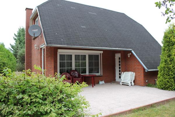 Schönes und gemütliches Ferienhaus in idyllischer Lage zu verkaufen!