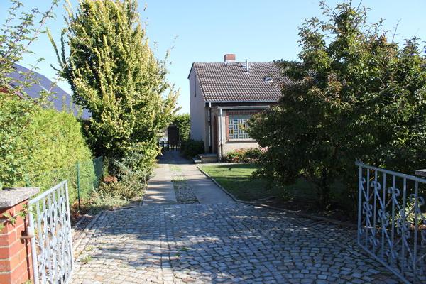 Hier zählt die Lage! Gemütliche Doppelhaushälfte in einem bevorzugten Stadtteil von Wismar zu verkaufen!