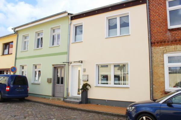 Liebevoll saniertes Stadthaus im Zentrum von Grevesmühlen zu verkaufen! 