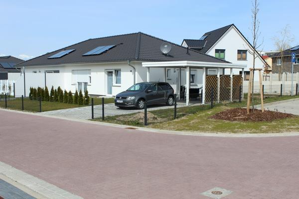 Neuwertige Bungalow – Doppelhaushälfte  in der Hansestadt Wismar zu verkaufen!